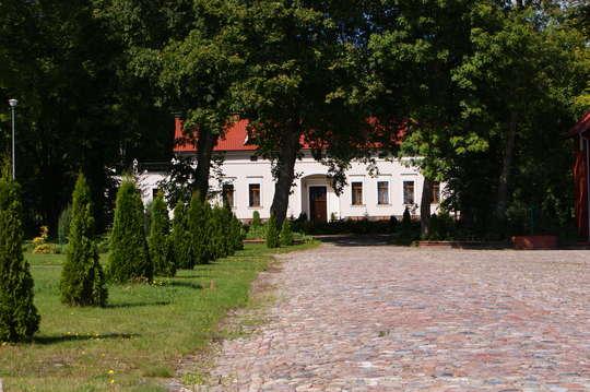 Pałac w Barnowcu